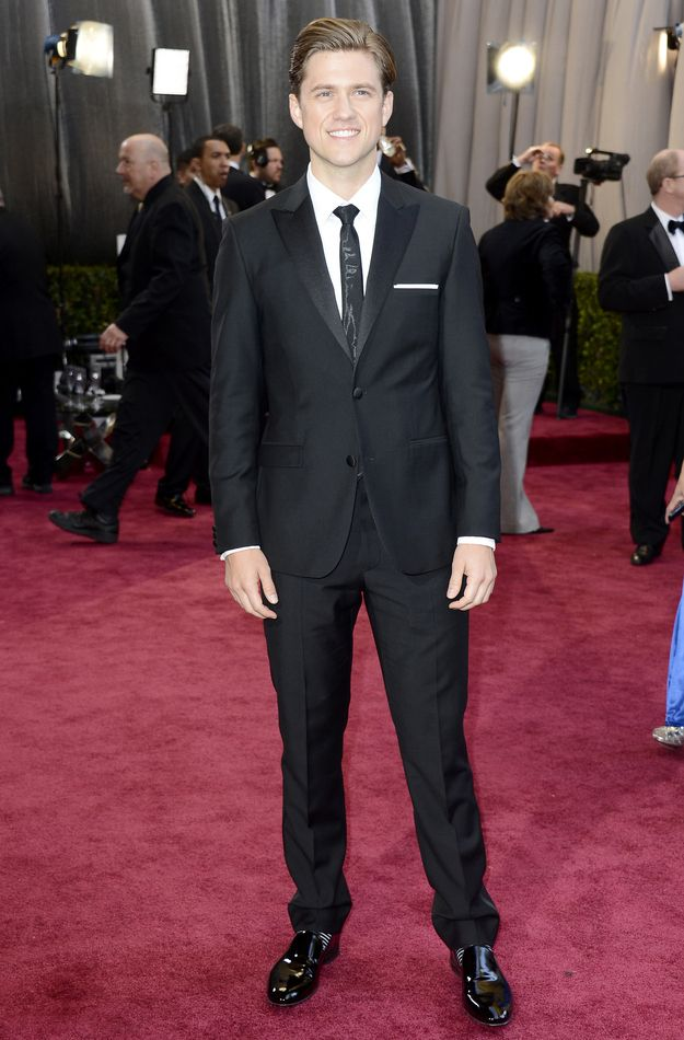 Aaron Tveit at the Oscars (I feel like squeeling...) -- Fashion On The 2013 Academy Awards Red Carpet