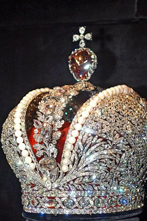 Crown of Imperial Russia & All regalia of Imperial and Tzar that are kept in The Diamond Fund, Kremlin, Moscow http://www.pinterest.com/pin/346847608773886073/