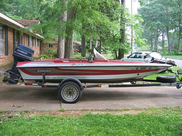 1989 Stratos 16 Ft Bass Boat 70 Hp Evinrude Outboard Foot