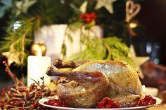 Pintade de Noël: pintade aux cranberries, à l'orange et aux pistaches