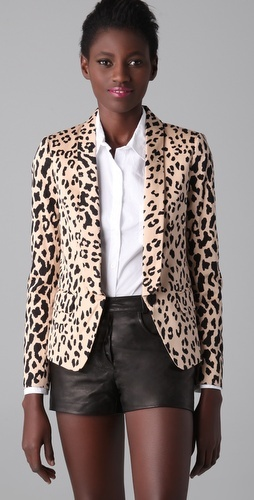 cheetah print blazer: Light Pink Blazers, Leather Shorts, Fashion Trendy, Cheetahs Prints Blazers, Outfits Insprat, Tibi Cheetahs, Buy Tibi, Animal Prints, Fashion4U M