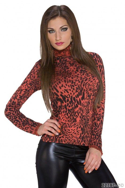 Rood luipaard shirt met lange mouwen en col hals
