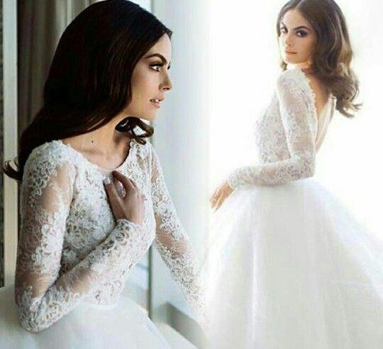 Ximena Navarrete, wedding dress
