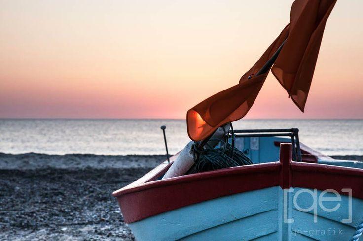 sunset, eveningsky, Noerre Vorupoer, danish West Coast, Denmark, Fishing boat, flag, beautifull light