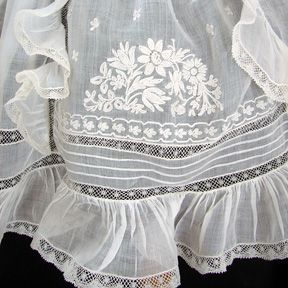 Maria Niforos - Fine Antique Lace, Linens & Textiles : Antique Christening Gowns & Children's Items