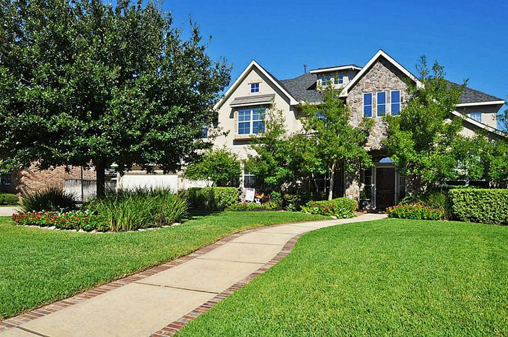 Custom designed and  built home in Gated Community  of Bayou Oaks,  Cinco Ranch, zoned to award winning Katy ISD schools. 5beds, 4.5 baths, 3 car garage, pool spa and gated in the heart of Cinco Ranch!!!
