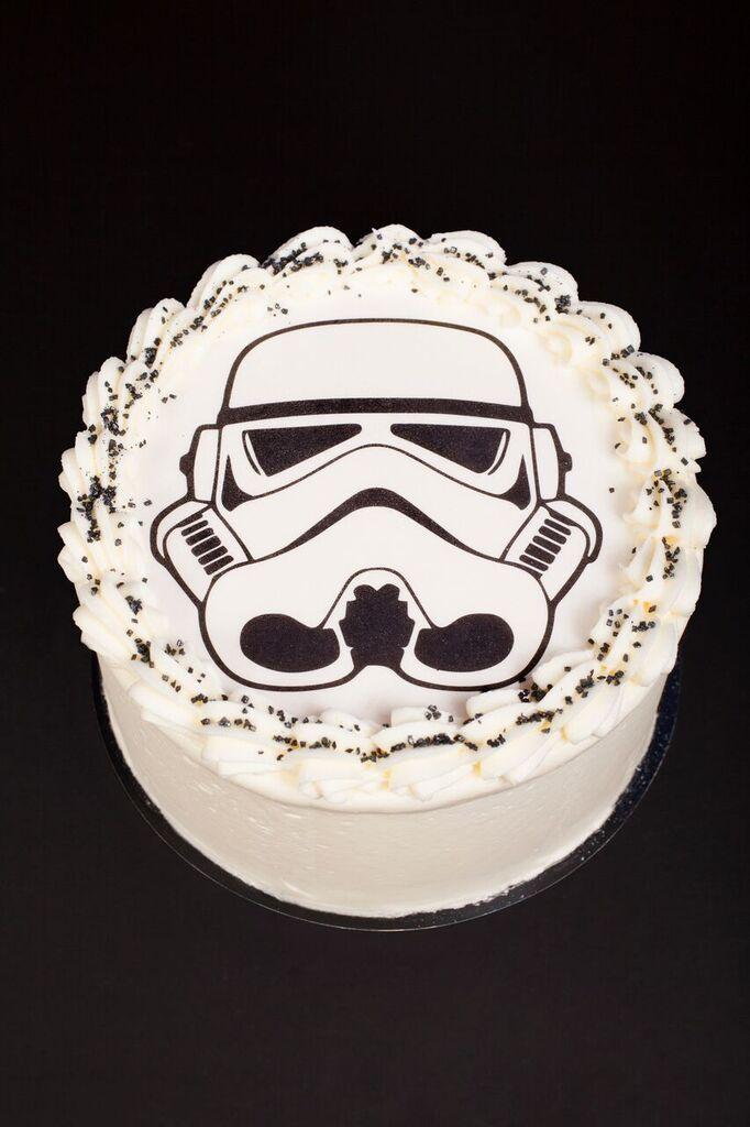 stormtrooper cake cr ation little petits g teaux cr dit asphodel sweet table star wars. Black Bedroom Furniture Sets. Home Design Ideas