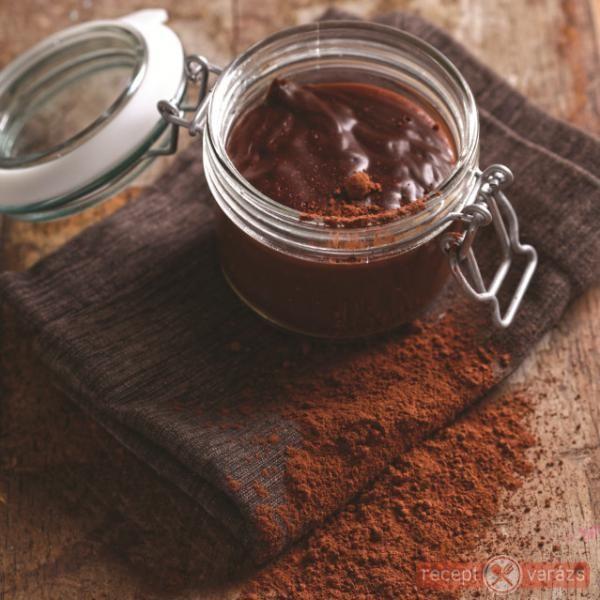 Rumos házi csokipuding - ha unod a zacskós pudingot! http://www.receptvarazs.hu/receptek/recept/rumos_hazi_csokipuding_recept