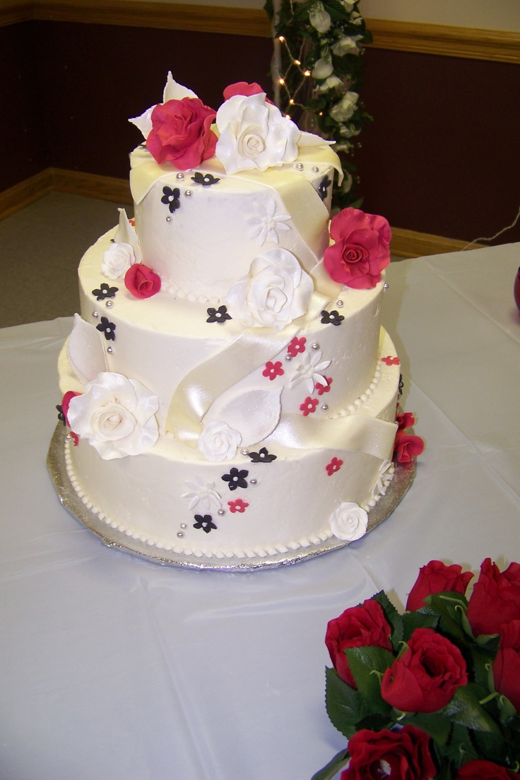 64 best wedding cake with flowers images on pinterest wedding red white and black wedding cake with sugar roses and other sugar flowers dhlflorist Image collections