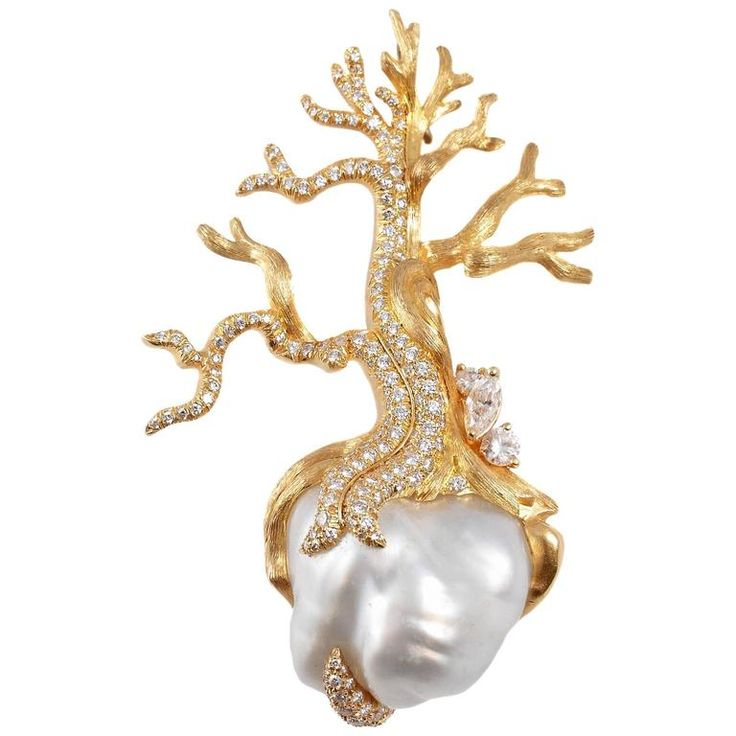 Henry Dunay South Sea Baroque Pearl Diamond Gold Winter Pin. Stunning detail and craftsmanship in this one of a kind Henry Dunay South Sea baroque pearl and 2.57 carat diamond pin in 18 karat gold.