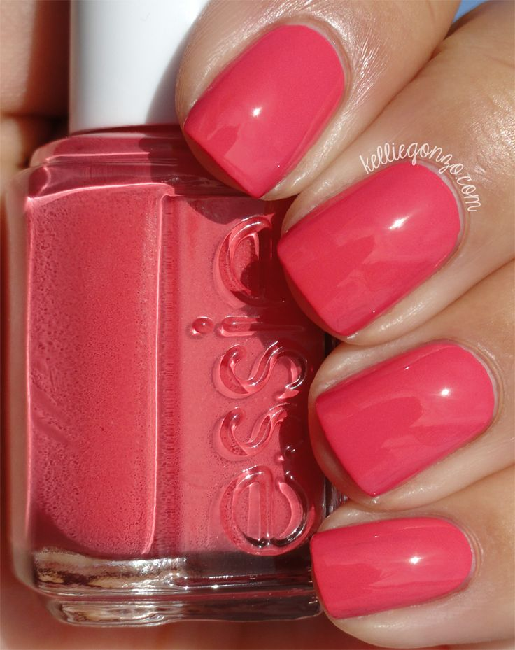 KellieGonzo: Essie Bump Up the Pumps Swatch & Review