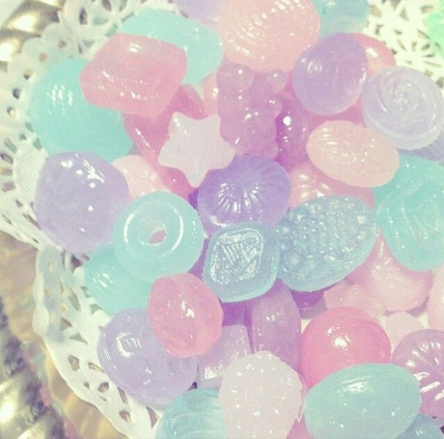 I wouldn't wanna eat these bc they are so cute...but are they even real candy??
