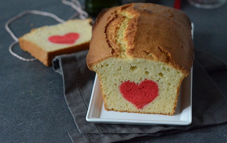 Un coeur dans un cake pour la Saint-Valentin #cake #SaintValentin