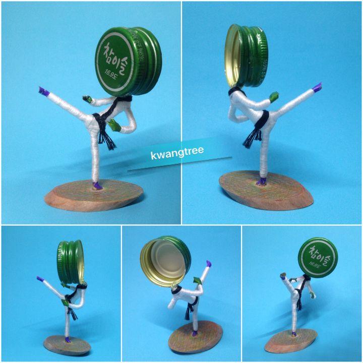 #병뚜껑공예 #병뚜껑아트 #뚜껑맨 #BottleCapArt #BottleCapCrafts #瓶盖艺术 #瓶盖人 #ビンの栓芸術 #피규어 #Figure #フィギュア #人偶 #手办 #소주 #soju #烧酒 #진로 #真露 #참이슬 #JinRo #16.9도 #태권도 #跆拳道 #Taekwondo #テコンドー #발차기 #뒤돌려차기 #Kick