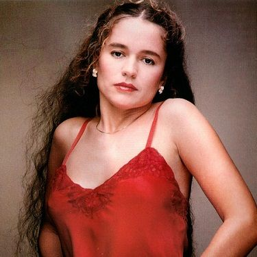 Today in 1997, singer songwriter Nicolette Larson died of complications arising from cerebral edema. She was only 45