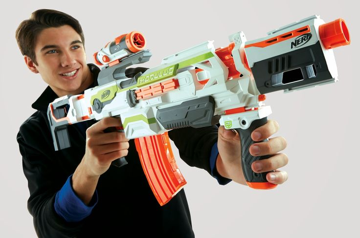 January hasn't even ended yet and we are knee deep in New Nerf Guns announcements left and right. The latest of the New Nerf Guns 2015? The NERF MODULUS.