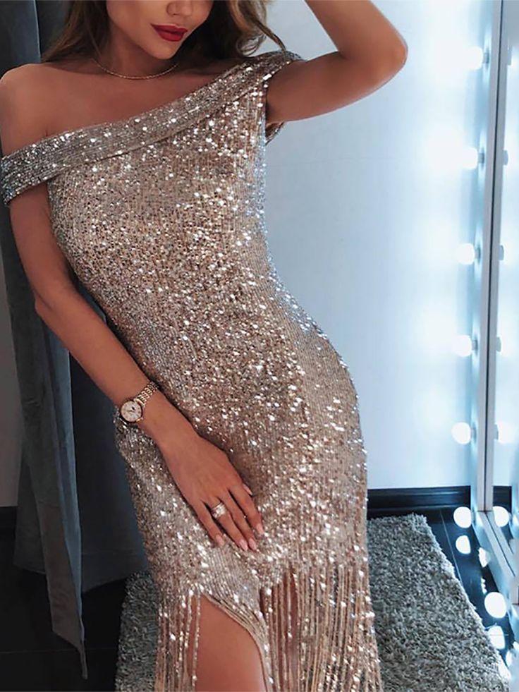 Круг В Блестящем Платье