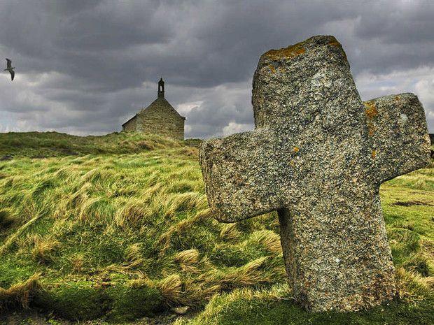 La chapelle Saint-Samson, sur la route des abers, dans le Finistère (Bretagne, France).