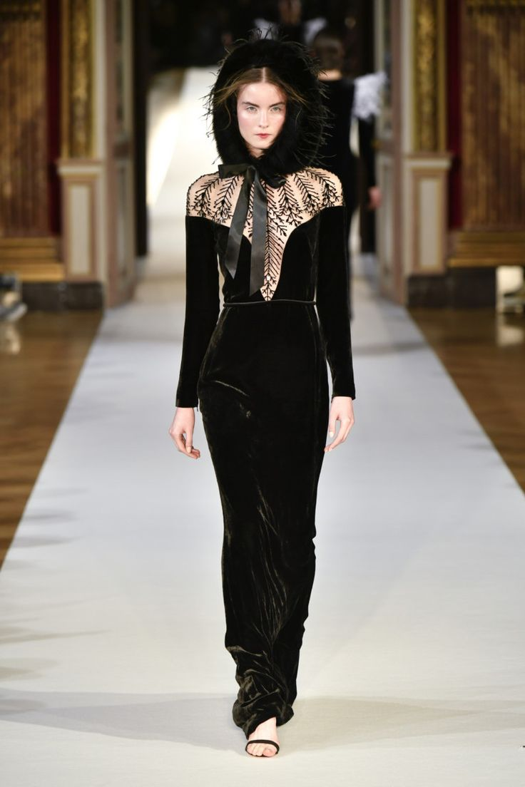 Yanina #VogueRussia #couture #fallwinter2017 #Yanina #VogueCollections