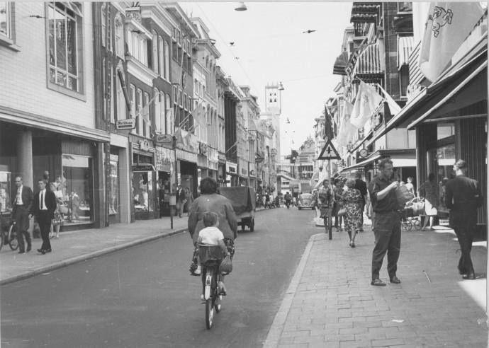 Groningen<br />De stad Groningen: Herestraat 1968