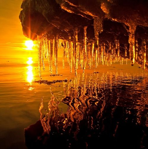 wow... nature's canvas!: Reflection, Melted Ice, Places, Glow, Icicle, Sunri Sunsets, Natural Canvas, Photography, Sunrises Sunsets