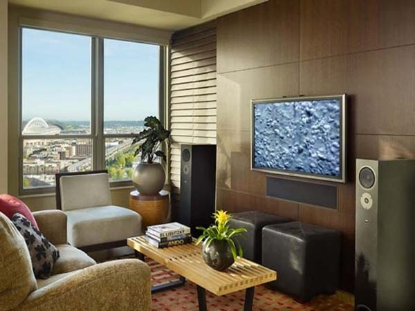 122 best images about quaint cozy condo design for Condo living room ideas pinterest