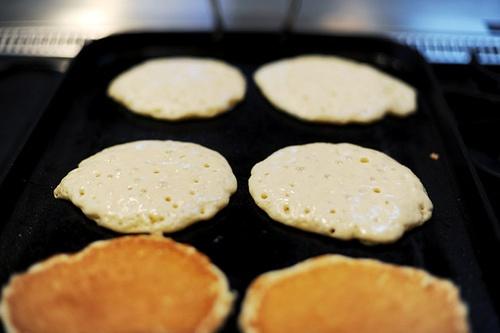 Perfect Pancakes.  Pioneer Woman blog