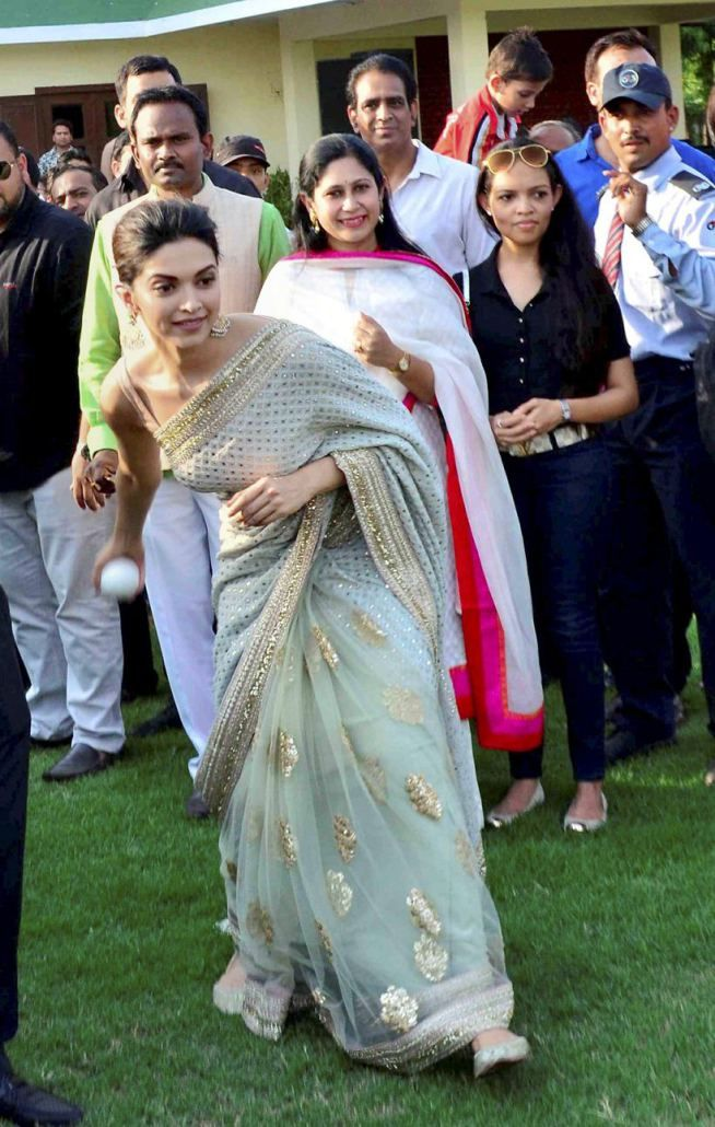 Deepika Padukone in Jaipur to launch the song #DeewaniMastani from #BajiraoMastani