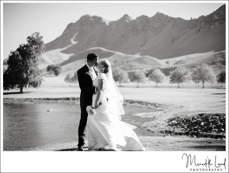 Nadine & Bryan - Craggy Range Winery Wedding | Meredith Lord Photography www.meredithlord.com