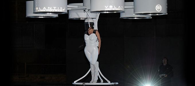 Lady Gaga Unveils 'Flying Dress' Volantis.