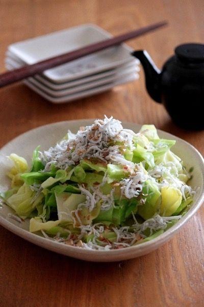 塩茹でキャベツのたっぷりしらすのせ。 by 栁川かおり | レシピサイト ...
