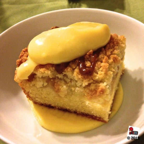 The most british sweet ever: apple crumble cake with caramel and custard cream