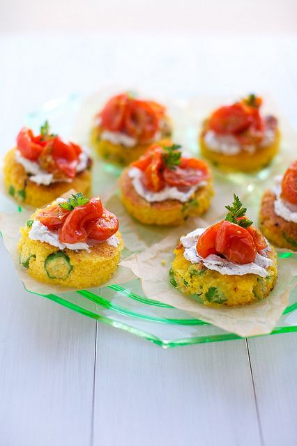 cornbread cakes with goat cheese and roasted tomatoes.....
