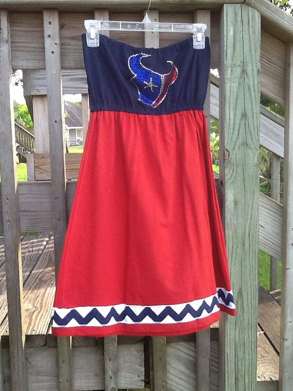 Hey, I found this really awesome Etsy listing at http://www.etsy.com/listing/153715757/any-size-houston-texans-gameday-tshirt
