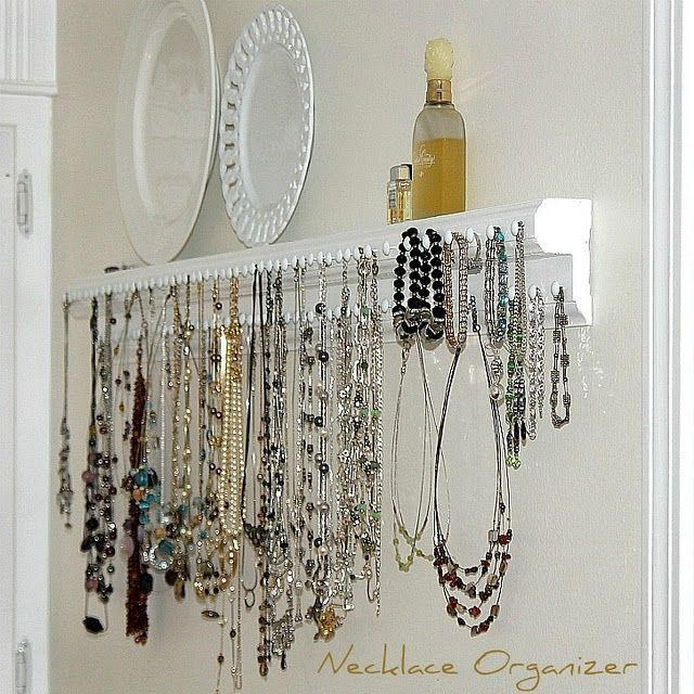 Necklace holder: I'd like to make one....just some wood, knobs and paint.Wood Trim, Organic, Jewelry Storage, Diy Necklaces, Necklaces Holders, Necklaces Hangers, Diy Jewelry, Jewelry Holders, Necklaces Storage