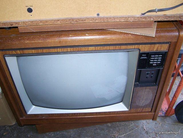 rca tv vintage floor model circa 1950 39 s works. Black Bedroom Furniture Sets. Home Design Ideas