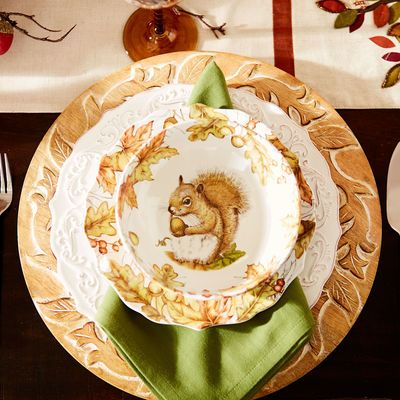Mazey the Squirrel Porcelain Dinnerware & Best 200+ Fall/Thanksgiving Decor images on Pinterest | Tablescapes ...
