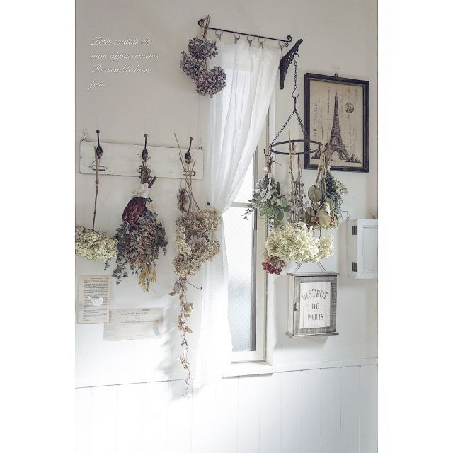 koharuさんの、玄関/入り口,DIY,ドライフラワー,漆喰壁,インテリア雑貨,腰板壁,フレンチシャビー,花のある暮らし,ホワイトシャビー,白のチカラ,のお部屋写真