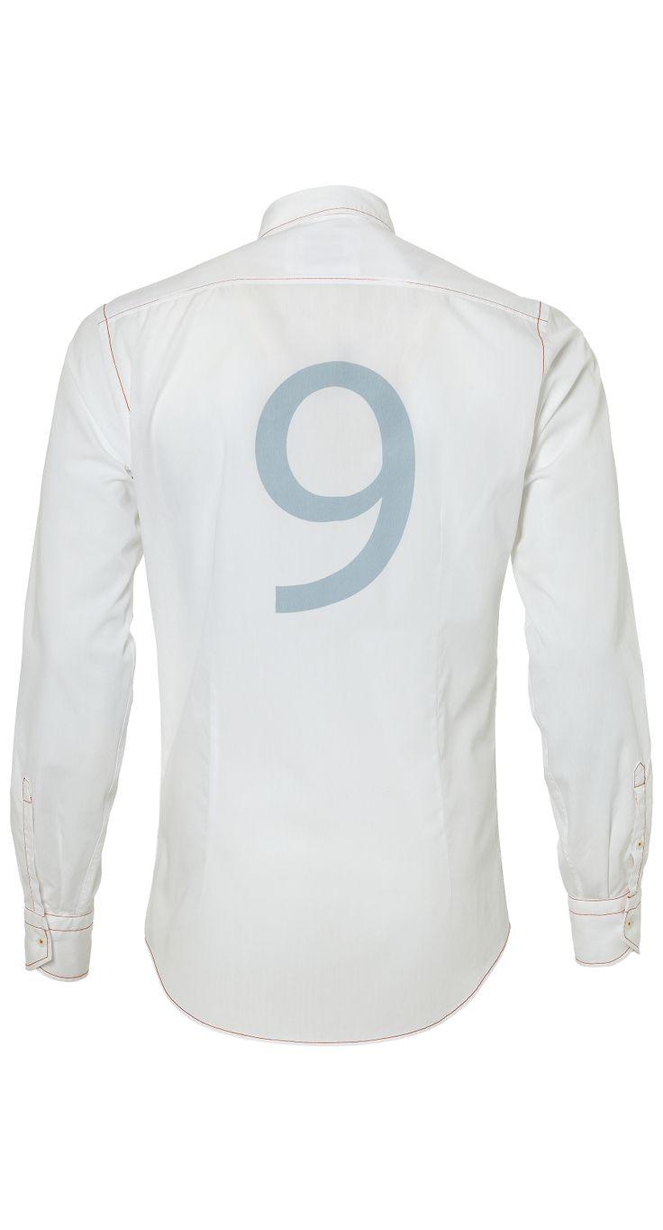 KNVB SELECTION SHIRT #9: http://www.vangils.eu/nl/knvb-collectie