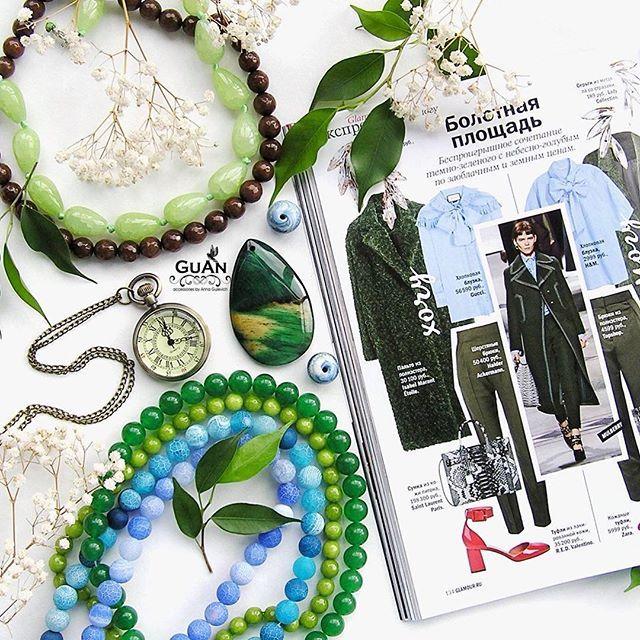 ..💠Беспроигрышное сочетание болотного зеленого с небесно- голубым. Добавляйте к брюкам цвета хаки джинсовые рубашки, #пальто с актуальными элементами в стиле милитари или же создавайте романтичные образы. Например, юбку цвета #RiverSide или #AiryBlue можно комбинировать с уютным свитером оливкового оттенка.. ..💠Добавляйте акценты: аксессуары и #украшения - мы с удовольствием придумаем для Вас #браслет #колье #сотуар или #сережки - для этого нужно написать личное сообщение.. . #GuAn…