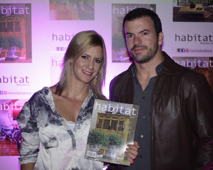 Elisa Mirsky e Henrique Oliveira na inauguração da Mostra Casa Viva. #casaviva #habitatnacasaviva