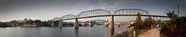 Walnut Street Bridge-Chattanooga BTDT many times -lived there 2000-2001