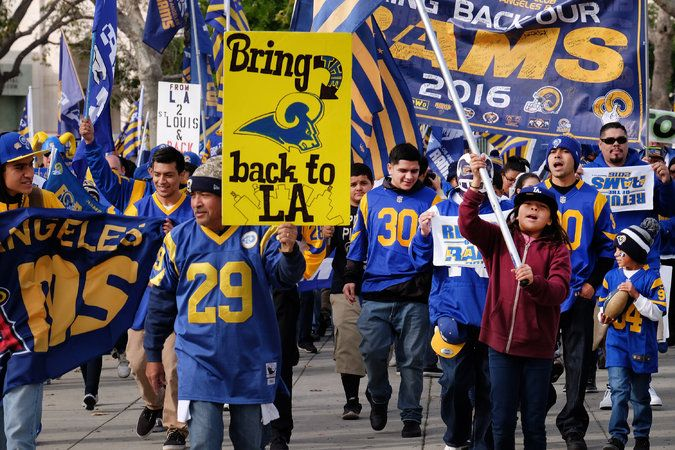 Rams Moving to Los Angeles Area, and Chargers Could Join Them - The New York Times