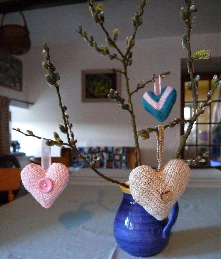 Vintage style hand crochet heart, £5.00
