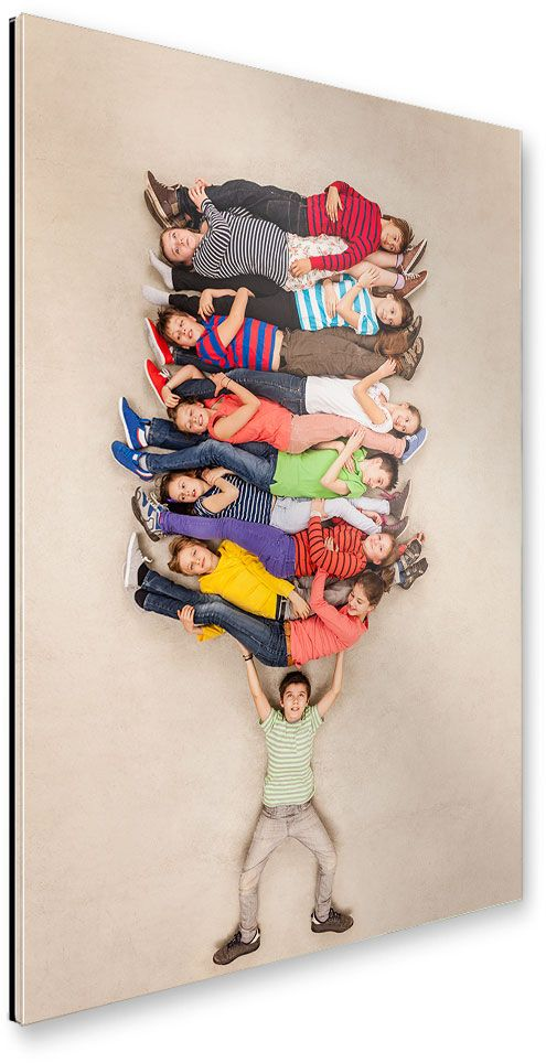 artboxONE Galerie-Print 60×40 cm Kindermotive ´´Der Supermann´´ beige hochwertiges Acrylglas auf Alu-Dibond Bild – Wandbild Kindermotive Kunstdruck von Leander Baerenz – Mintsense