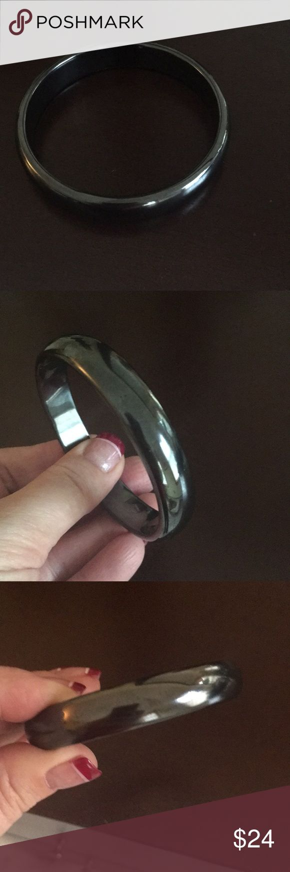 Hematite ladies bangle approx half inch thick Hematite bangle purchased on vacation fits approx 7.5 wrist very modern Jewelry Bracelets