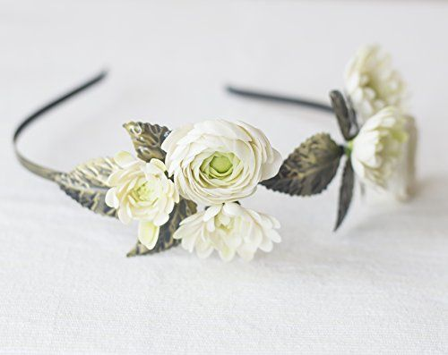 Bridal floral crown with ranunculus dahlia leaves * You can get more details by clicking on the image.