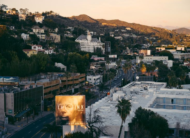 Harvey Weinsteins Fall Opens the Floodgates in Hollywood