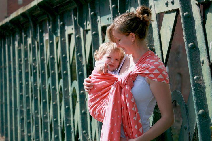 Jacquard woven wrap for babywearing - copyright Katie Meakin