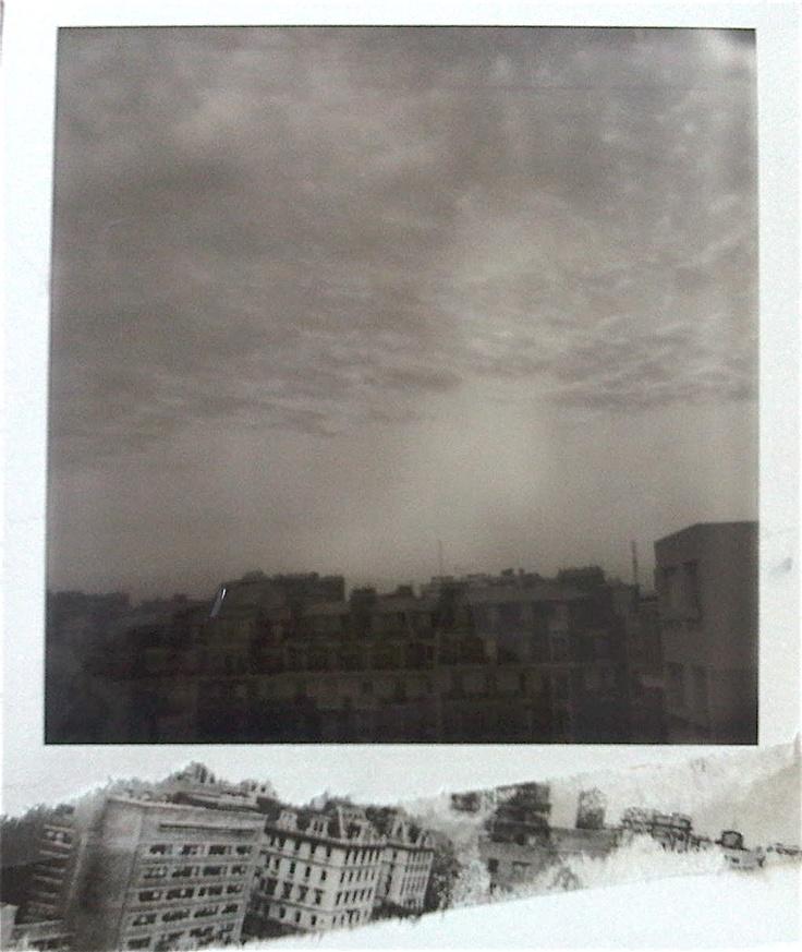 Paris, photo Polaroid et collage by Hania Destelle